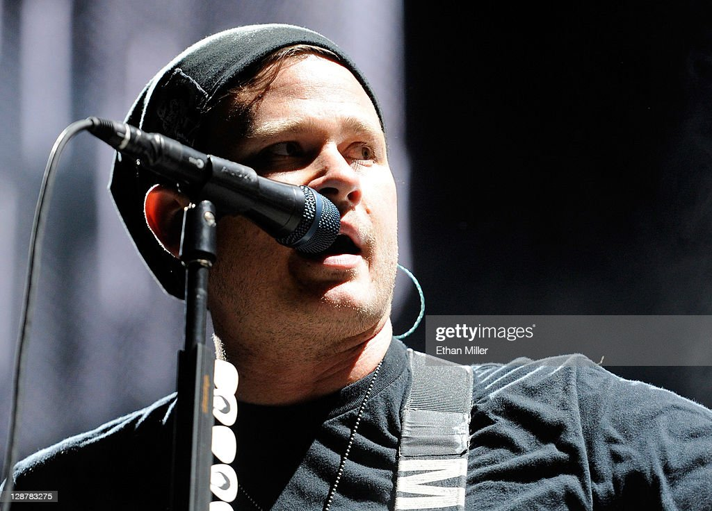 Blink-182, My Chemical Romance And Matt & Kim Perform At Red Rock Casino : News Photo