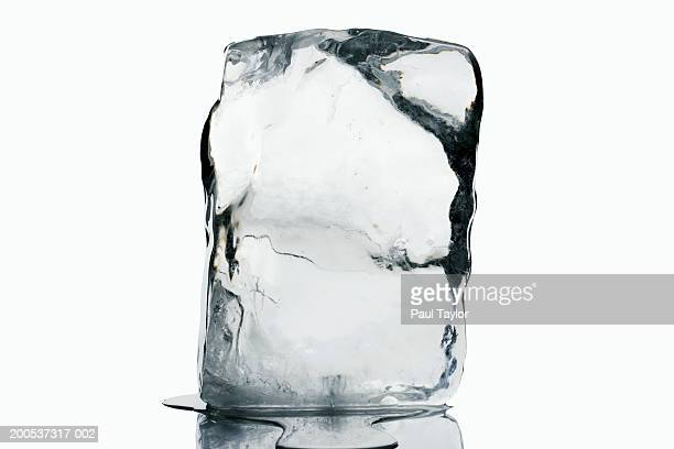 block of ice - ice stock pictures, royalty-free photos & images