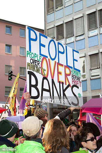 blockupy 2015 -フランクフルト,ドイツ - オキュパイウォールストリート ストックフォトと画像