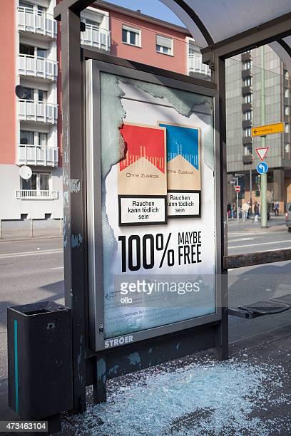 blockupy 2015 – frankfurt, deutschland - zigarette stock-fotos und bilder