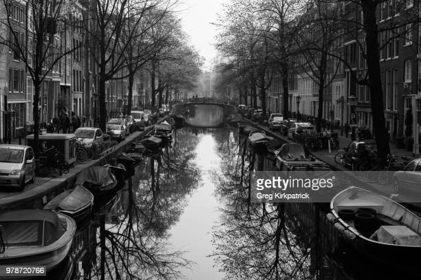 bloemgracht towards anne frank house - anne frank house stock pictures, royalty-free photos & images