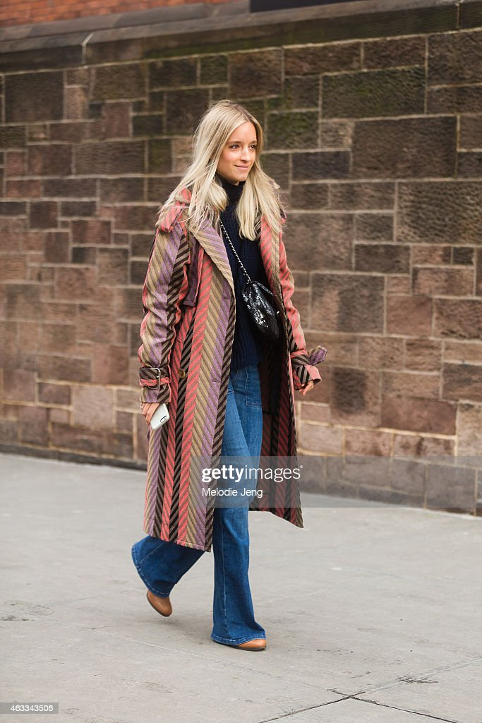 Street Style - Day 2 - New York Fashion Week Fall 2015 : News Photo