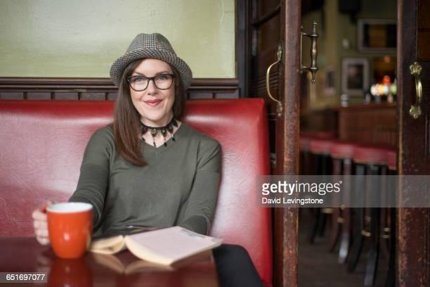 Blogger portraits in Irish bar