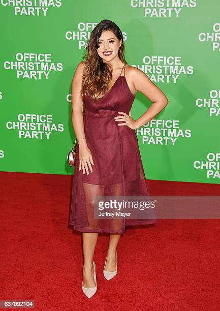 Blogger Ydelays arrives at the Premiere Of Paramount Pictures' 'Office Christmas Party' at Regency Village Theatre on December 7 2016 in Westwood...