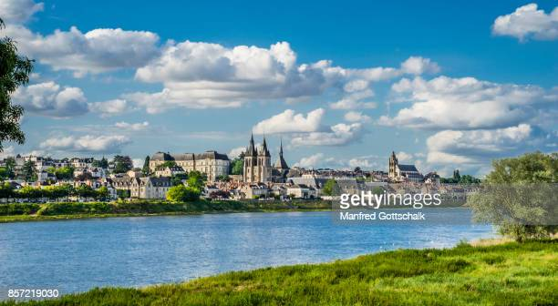 blois on the loire river - loir et cher stock pictures, royalty-free photos & images