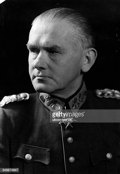 Blomberg Werner von Officer Field Marshal General Germany*02091878 Minister of Defense 19331938 Photographer Becker Maass 1934Vintage property of...