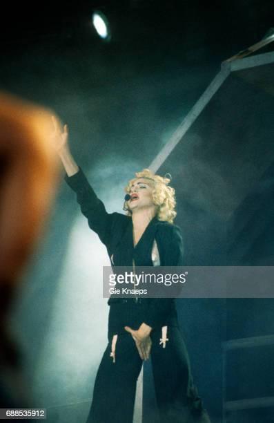 Blonde Ambition Tour, Madonna, Feyenoord Stadion, De Kuip, Rotterdam, Holland, .