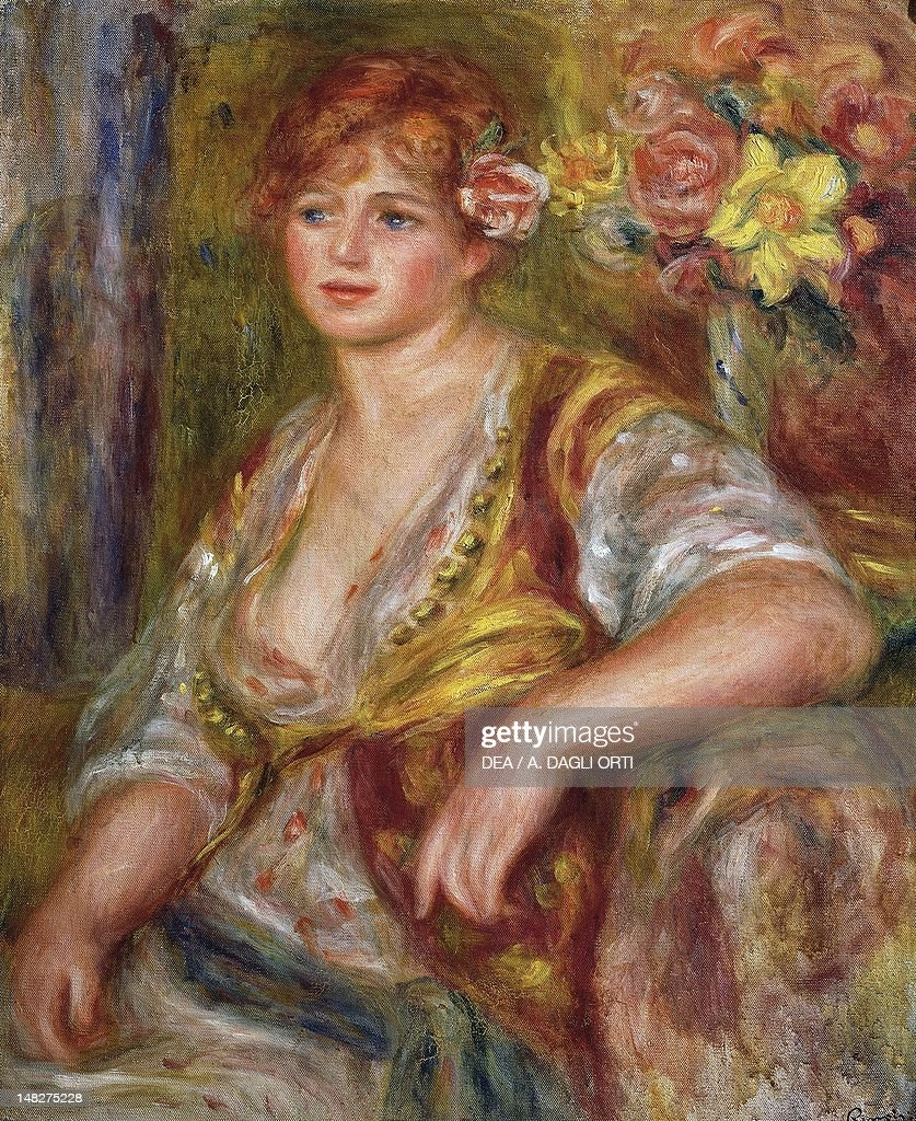 Blonde woman with a rose (Blonde a la rose), 1915-1917, by Pierre-Auguste Renoir (1841-1919), oil on canvas, 64x54 cm. (Photo by DeAgostini/Getty Images) : Fotografía de noticias