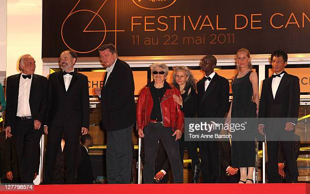 Blondin Miguel French actor JeanPierre Darroussin Director and writer Aki Kaurismaki actor Little Bob guest guest actress Kati Outinen and Quoc...