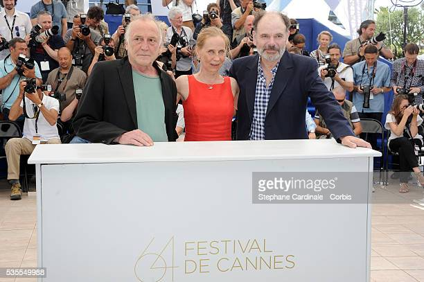 Blondin Miguel Kati Outinen and JeanPierre Darroussin at the photo call of 'Le Havre' during the 64th Cannes International Film Festival