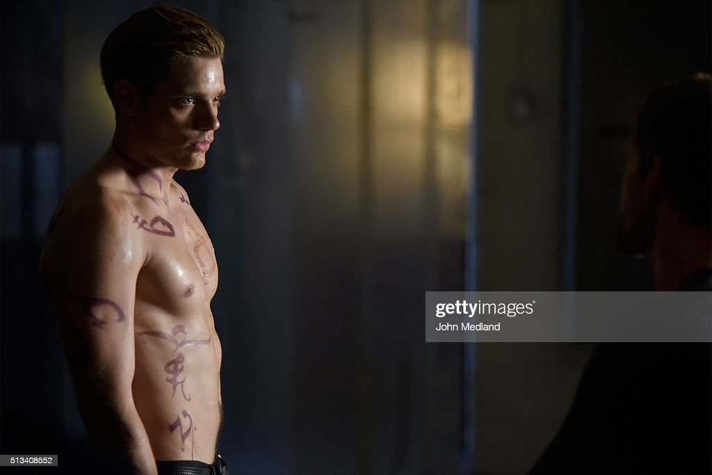 HUNTERS - 'Blood Calls to Blood' - With the help of a new ally, Clary and Jace attempt to rescue Jocelyn in 'Blood Calls to Blood,' an all-new episode of 'Shadowhunters,' airing TUESDAY, MARCH 22 (9:00-10:00 p.m. EDT) on Freeform. DOMINIC