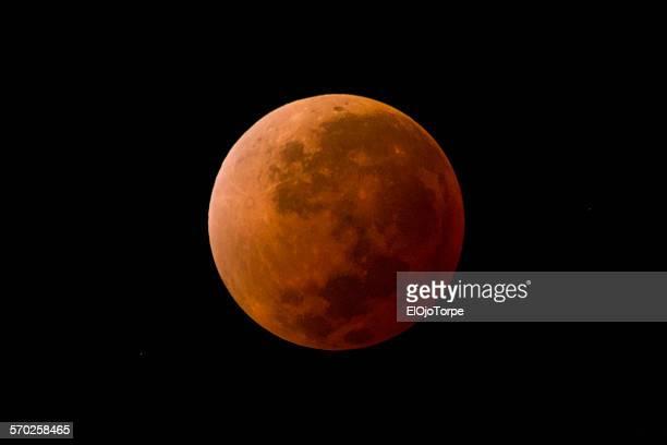 Blood moon, full lunar eclipse, Uruguay, 2014