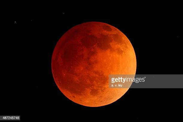 Blood Moon--Total Lunar Eclipse April 14-15, 2014