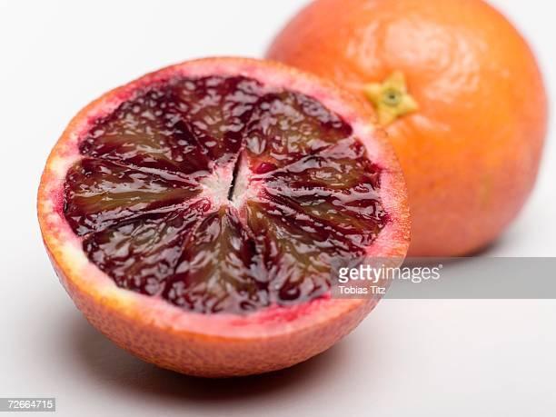 blood oranges - 果肉 ストックフォトと画像
