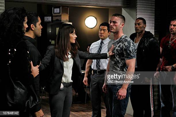 Bloodsport CBI Senior Agent Teresa Lisbon talks with Mixed Martial Arts fighter Rowdy Merriman about a murder that occurred during his fight while...