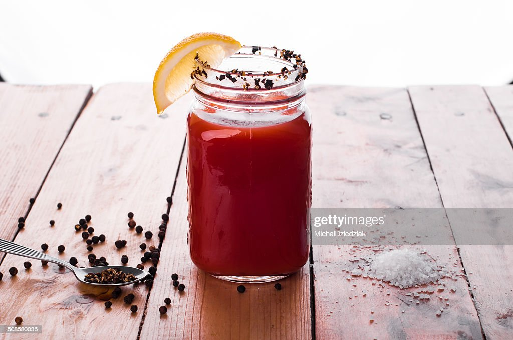 Bloody mary cocktail on wooden table : Stockfoto