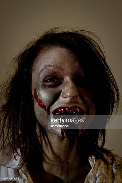bloody - zombie makeup - fotografias e filmes do acervo