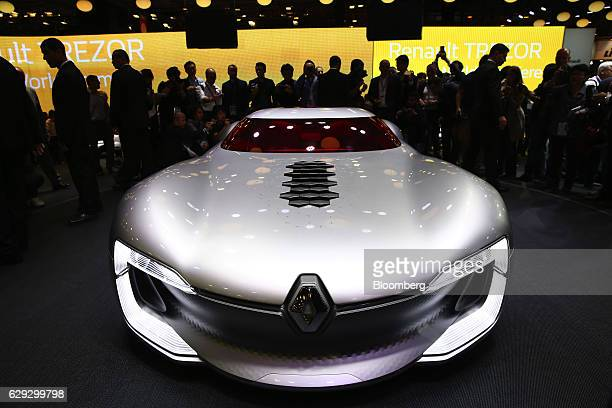 A new Renault Trezor concept automobile produced by Renault SA sits on display on the first press day of the Paris Motor Show at Porte de Versailles...