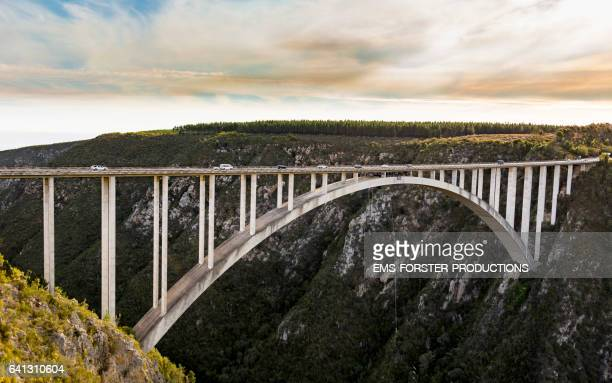 bloukrans bridge bungee  / natures valley sa / person jumps - western cape province stock pictures, royalty-free photos & images