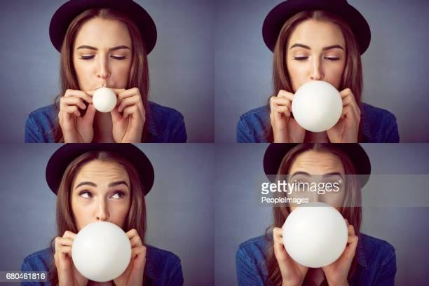 explodindo em bolhas de felicidade - soprando - fotografias e filmes do acervo