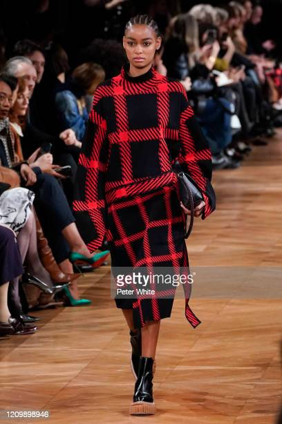 Blésnya Minher walks the runway during the Stella McCartney as part of the Paris Fashion Week Womenswear Fall/Winter 2020/2021 on March 02 2020 in...
