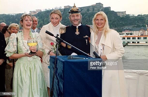 SimoneKofer Prinzessin MarieLouise 'zu SchaumburgLippe Manfred Griffke alsKaiser Wilhelm Marlene CharellSchiffstaufe MS 'Swiss Crown' durchPrinzessin...
