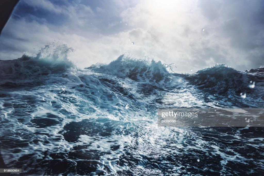 Blu mar áspero : Foto de stock