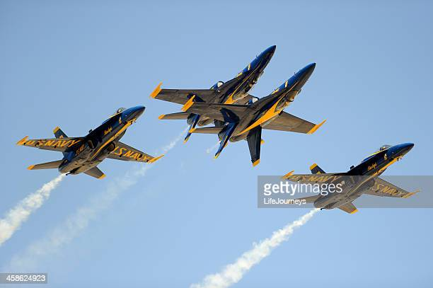 blue angels air show exhibition - blue angels stock pictures, royalty-free photos & images
