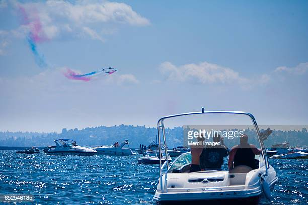 blue angels - blue angels stock pictures, royalty-free photos & images