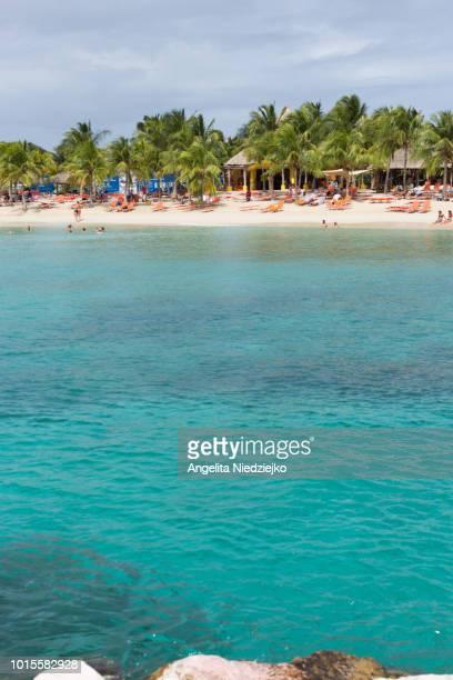 blue bay beach, curação - curaçao stockfoto's en -beelden