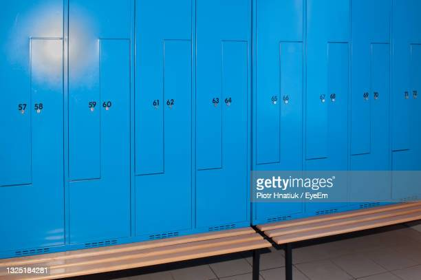 blue boxes with numbers - piotr hnatiuk stock pictures, royalty-free photos & images