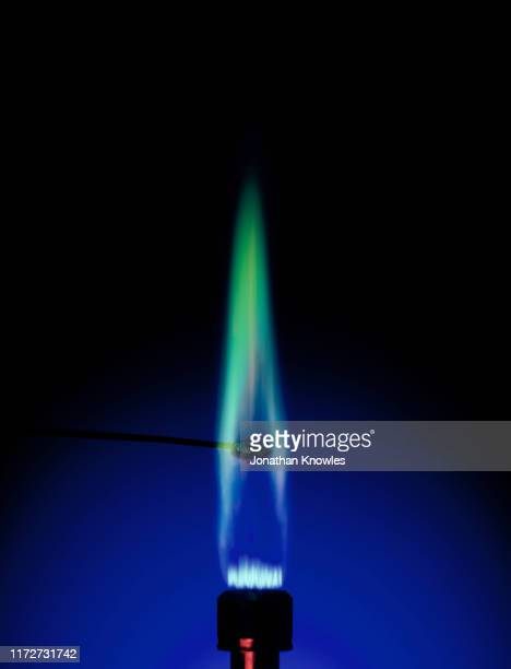 blue bunsen flame - bunsen burner stock pictures, royalty-free photos & images