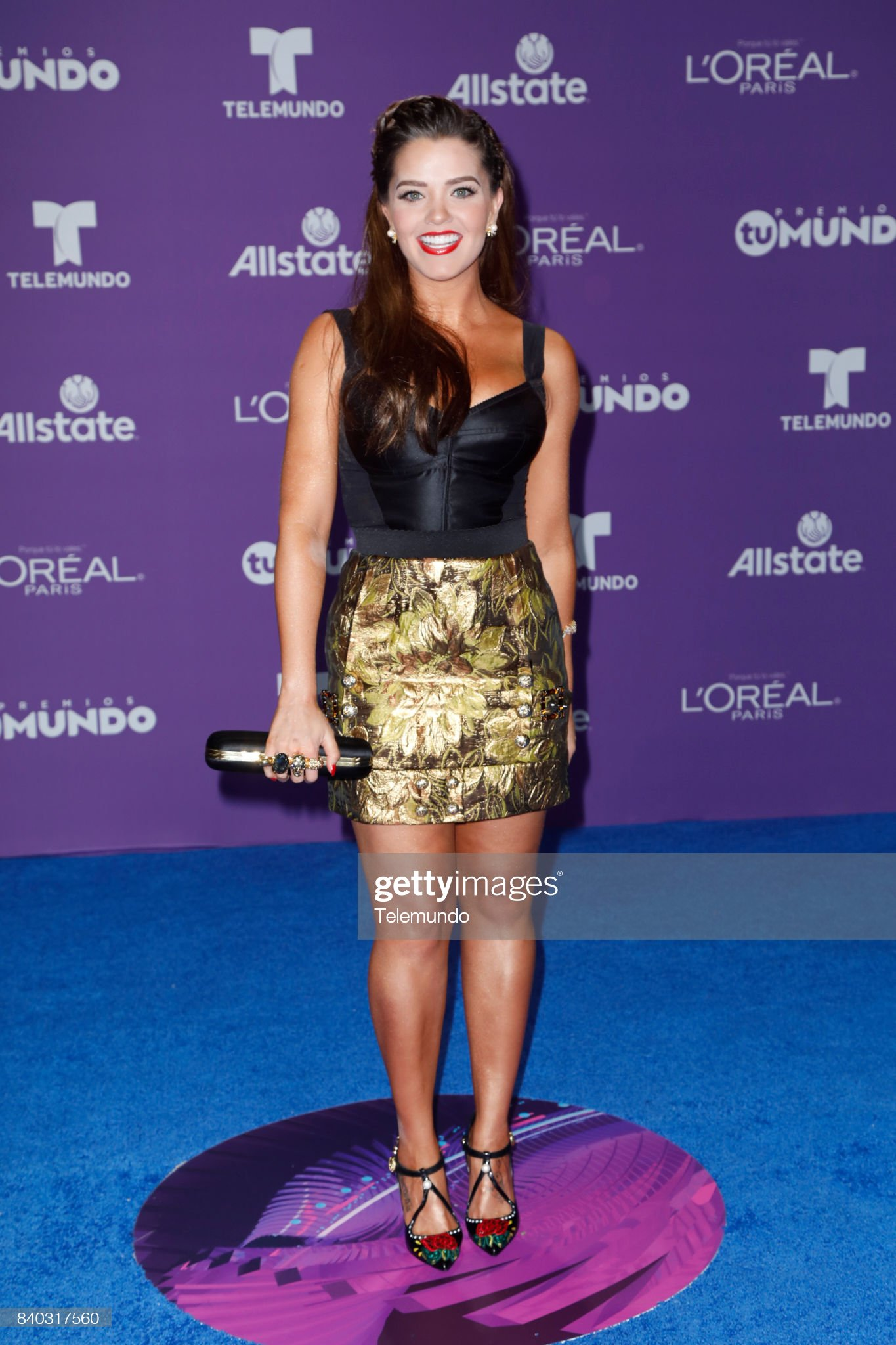 https://media.gettyimages.com/photos/blue-carpet-pictured-thali-garcia-arrives-to-the-2017-premios-tu-at-picture-id840317560?s=2048x2048