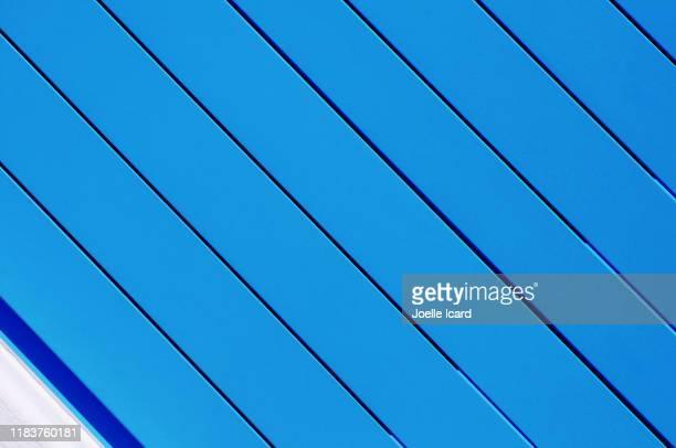blue door - islas cícladas fotografías e imágenes de stock