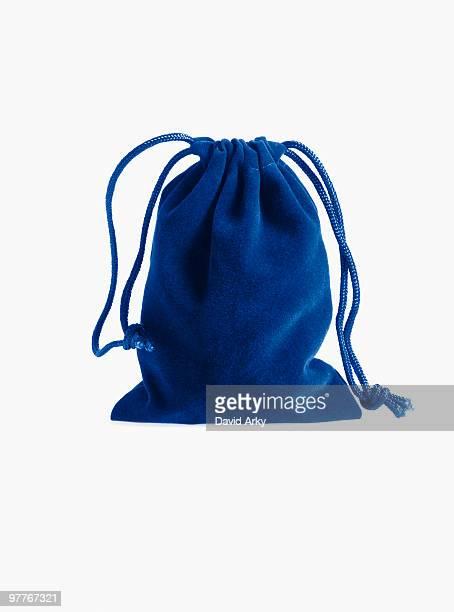blue drawstring bag - drawstring bag stock pictures, royalty-free photos & images