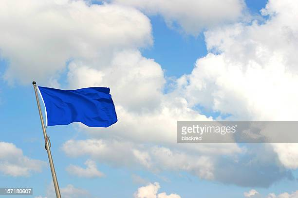 ブルーの旗