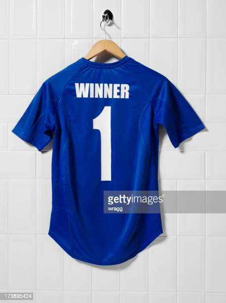 blue football shirt - football strip stock pictures, royalty-free photos & images