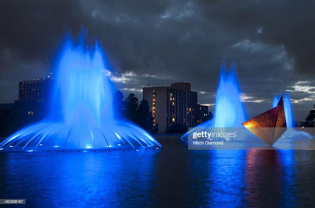 Blue fountains : Foto de stock