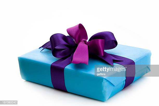 blue gift box with bow - gift box stock pictures, royalty-free photos & images