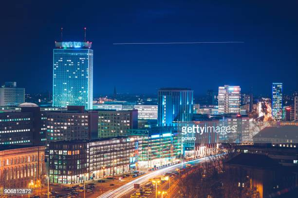 blue hour in berlin - berlin stock pictures, royalty-free photos & images