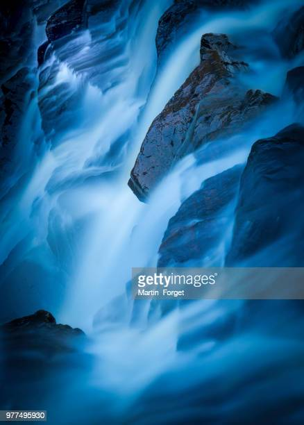 blue hour - beauty in nature stock pictures, royalty-free photos & images