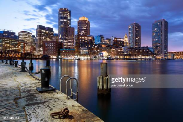 blue hour, skyline, boston, fan pier park, harborwalk, massachusetts, america - boston massachusetts stockfoto's en -beelden