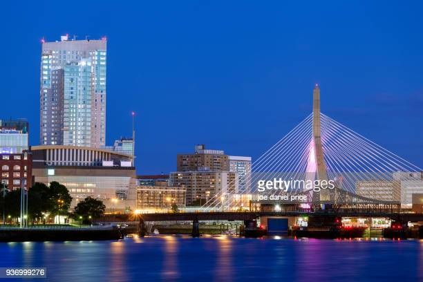 blue hour, sunrise, leonard p. zakim bunker hill memorial bridge, boston, massachusetts, america - boston stock pictures, royalty-free photos & images