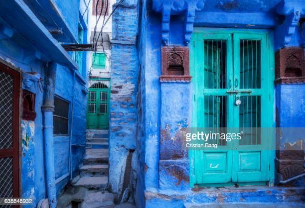 blue houses jodhpur rajasthan india - jodhpur stock pictures, royalty-free photos & images