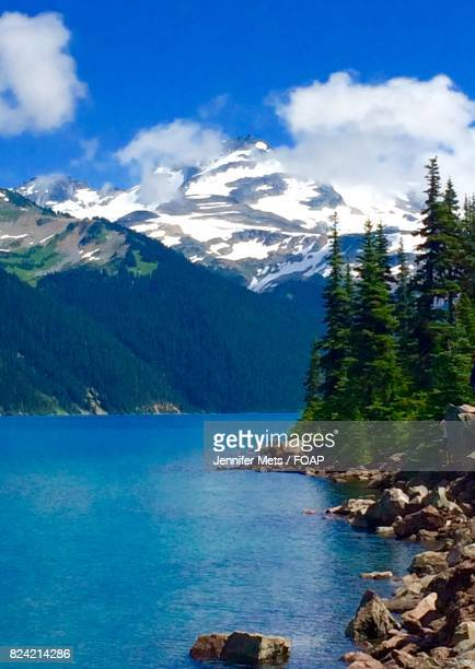 blue idyllic lake - garibaldi park stock pictures, royalty-free photos & images