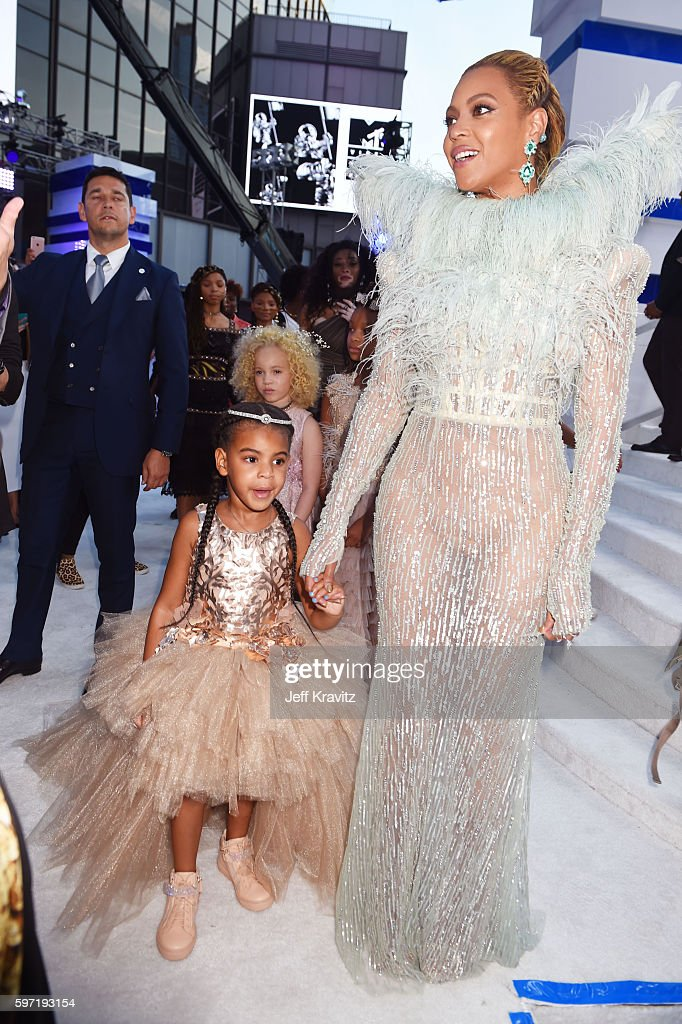 Blue Ivy Carter and Beyonce attend the 2016 MTV Video Music Awards at Madison Square Garden on August 28, 2016 in New York City.