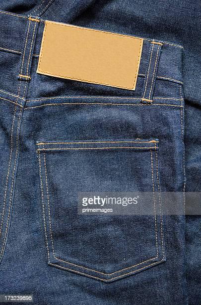 Blue Jeans mit leere Leder-label
