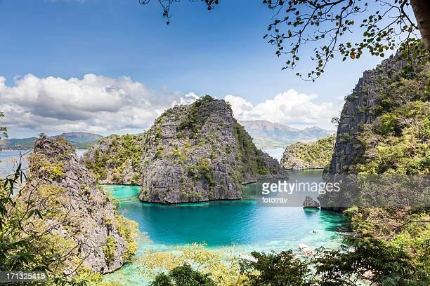 Blue Lagoon at Kayangan Lake, Coron island, Philippines