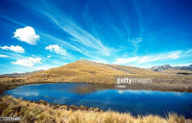 Blue lake en el Perú