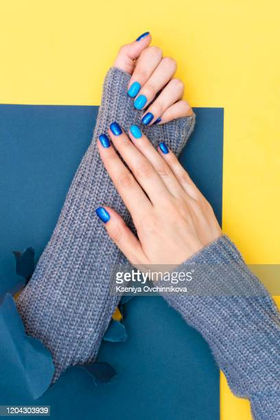 135 Dark Blue Nails Photos And Premium High Res Pictures Getty Images